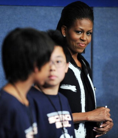 michelle_obama_moschino